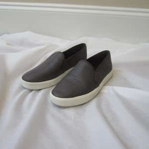 Vince 7.5 Rippled Leather Slip On Tennis Shoes